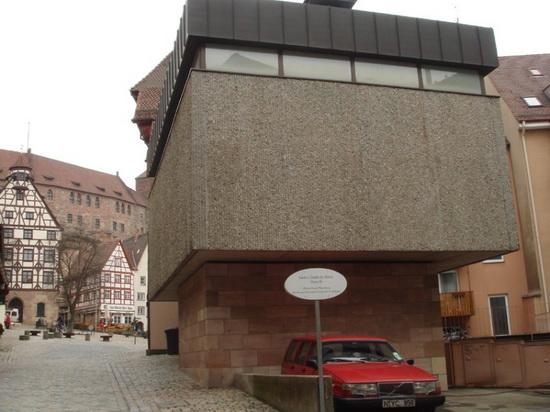 德国丑陋的建筑应当被人们接受和欣赏而不是被拆毁...